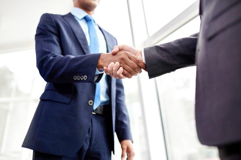 cosas-que-negociar-en-oferta-laboral-mas
