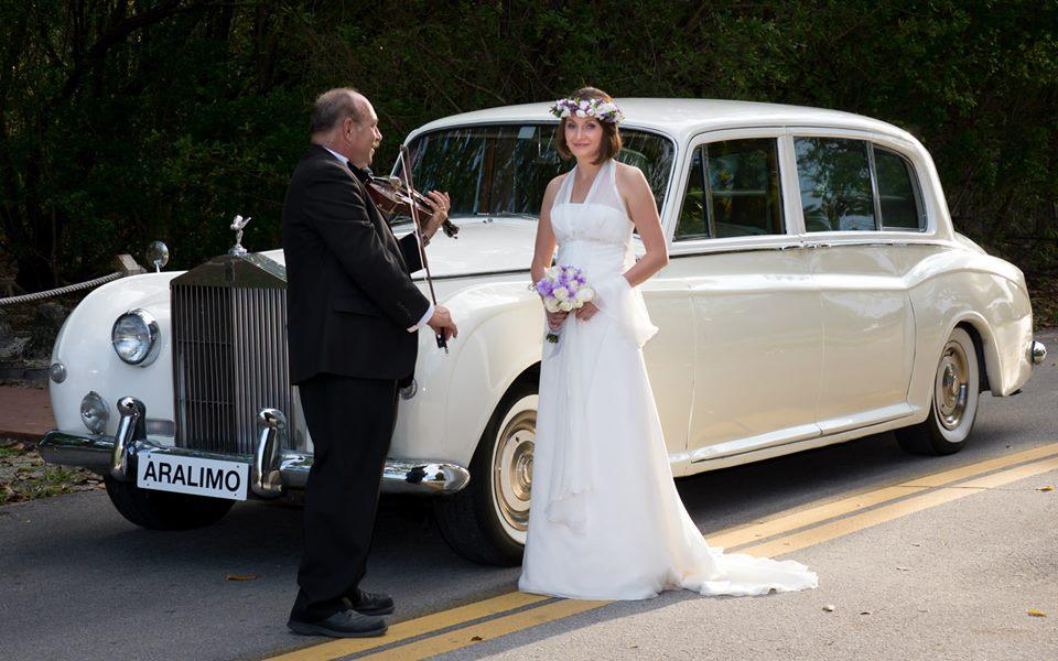 Indira's Limousine
