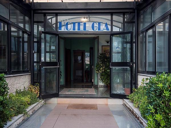 Entrata HotelGea.jpg