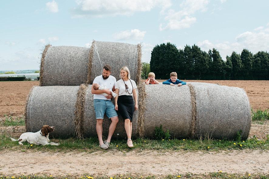 Charlotte, Max & family-217.jpg