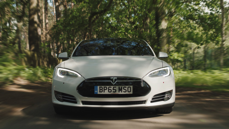 Tesla_Draft_1.mp4.00_01_40_15.Still003