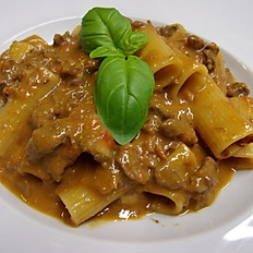 Rigatoni with Beef Sauce