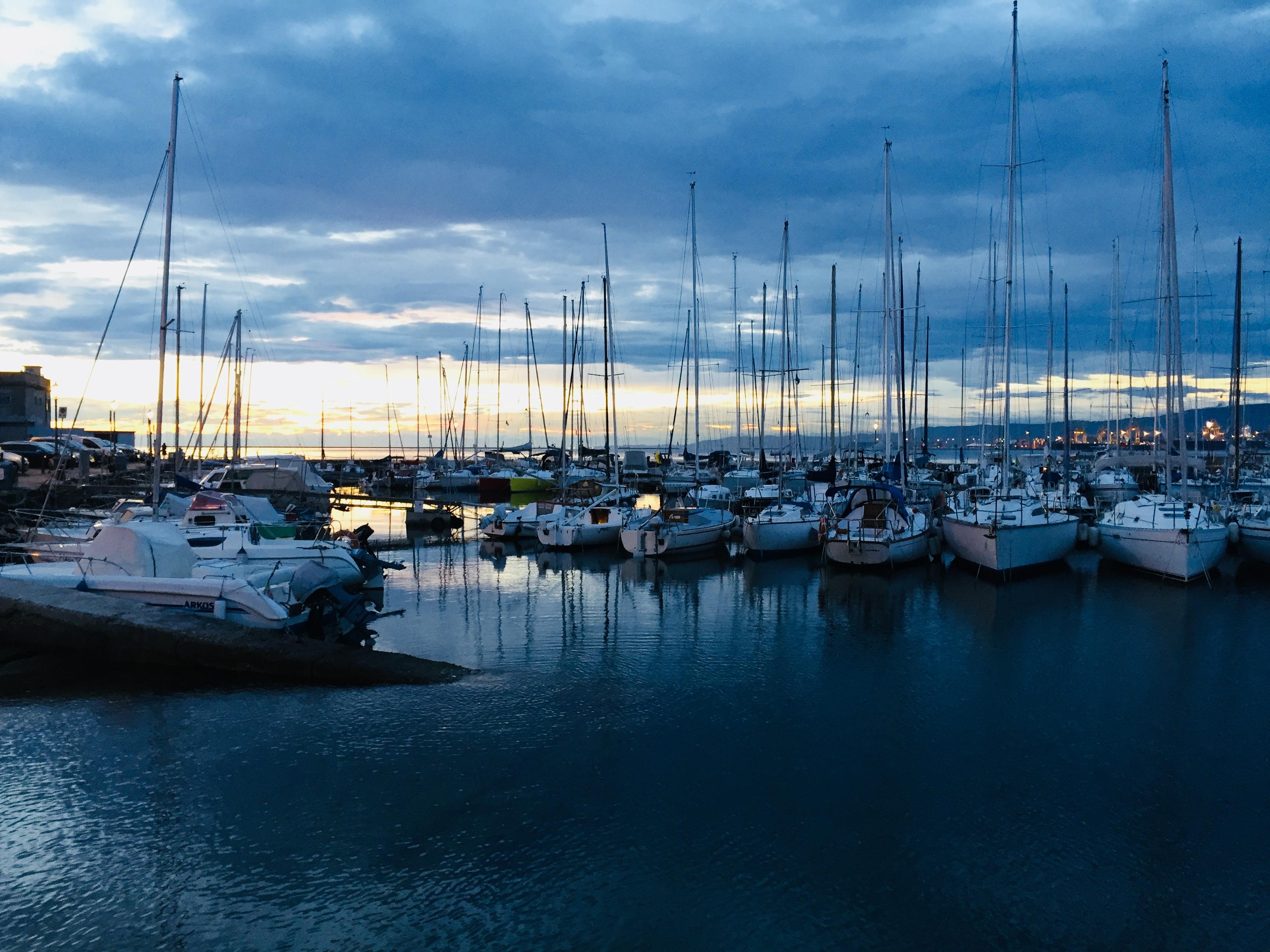E37-3 Abendstimmung Hafen Muggia