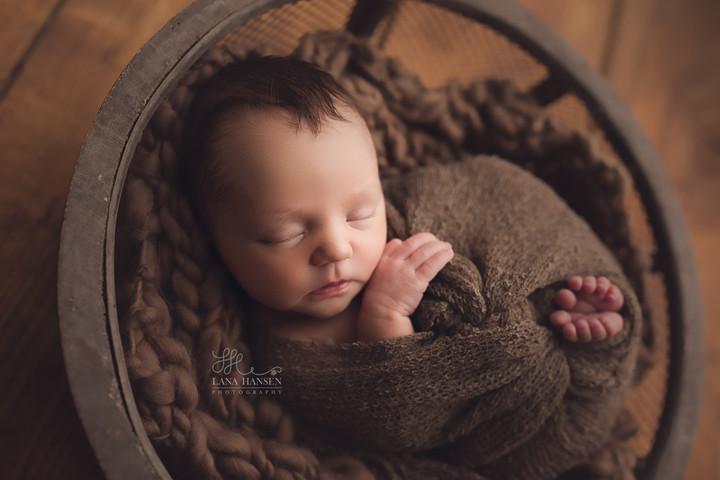 Brewer Newborn {Newborn Photographer}