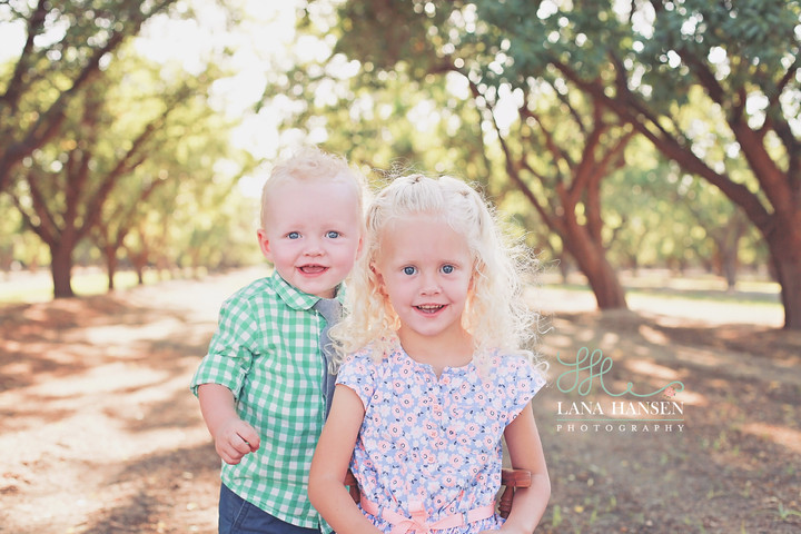 Sterling & Erin Hills' {Utah Child Photographer}