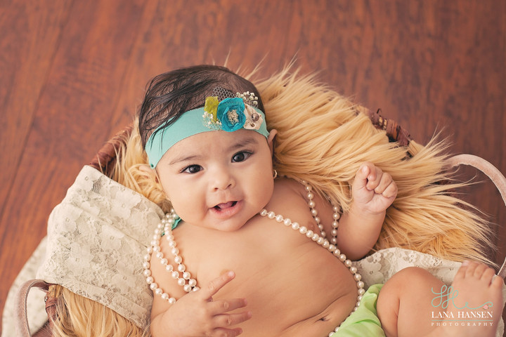 Munoz 6 month pictures {Child Photography}