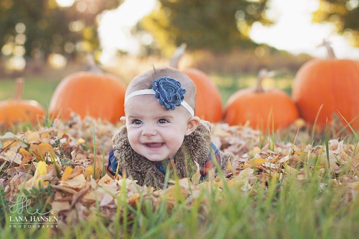 Worwood Child 6 Month Photoshoot {Child Photography}