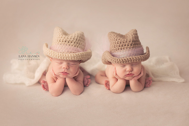 Torgerson Newborn Twins {Newborn Photography}