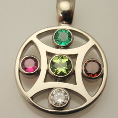 5 stone mother's pendant