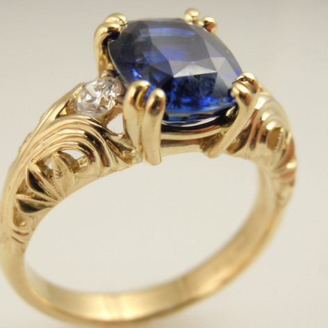 sapphire and diamond in yellow gold