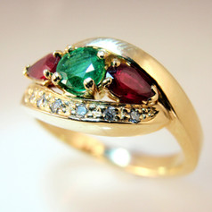 red and green bypass ring