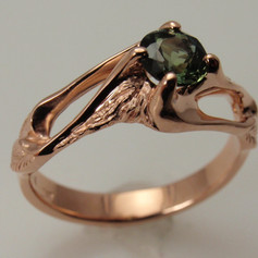 rose gold w/ green sapphire