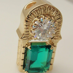 Moisantie and emerald pendant inspired by moorish arche