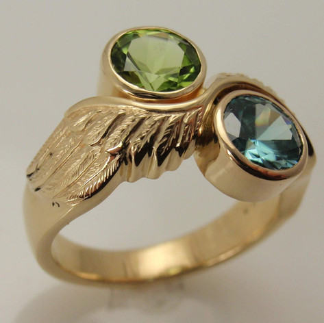 wings and bezel