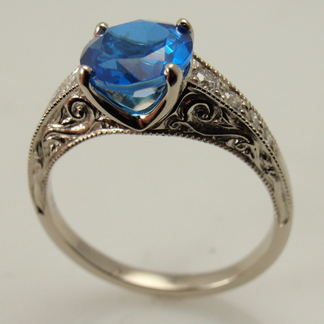 spphire ring w/ engraved cathedral