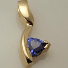 cast tanzanite pendant