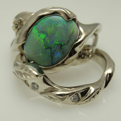opal in freeform mounting