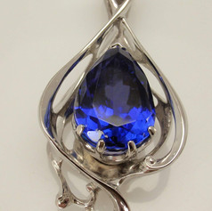 freeform sapphire pendant