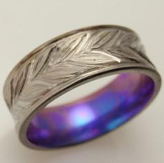engraved leaf band