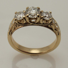 trellis ring w/ vintage scroll filagree accents