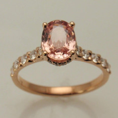 Padparadscha sapphire in rose gold w/ prong set daimond accents