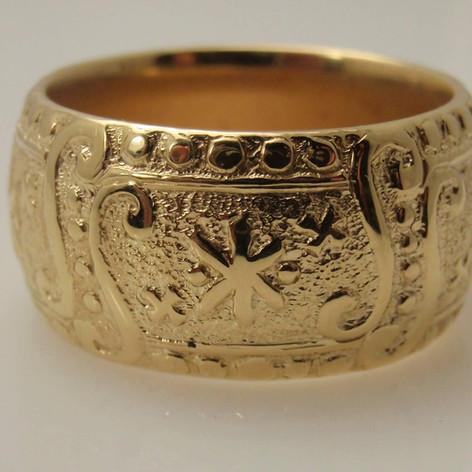 medeival inspired ring