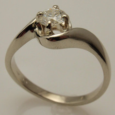 14k white gold twist wrap ring