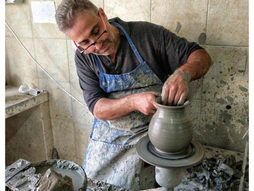 Francesco Motolese:                            Maestro ceramista di Grottaglie
