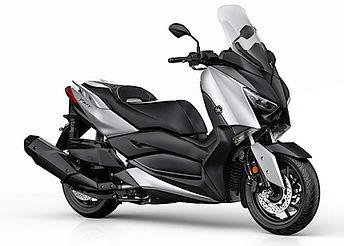 Yamaha X-Max 400-17 5.jpg