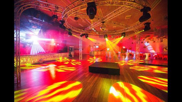 Tanzfläsche Disco