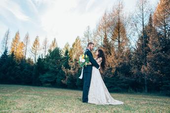 Best wedding venue in Ontario, Erin Estate Wedding venue, Hamilton weddiong photographer.