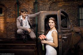 Bride and groome best portrait, Hamilton wedding photographer, Toronto destillery, wedding best photo location