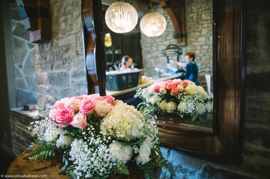 Ancaster Mill Weddings, Hamilton wedding photographer, wedding decore