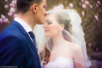 Wedding photographer in Hamilton, ON alternative weddin photographer in Hamilton, Ancaster Mill, bride, groom, photoshoot, portrait, events
