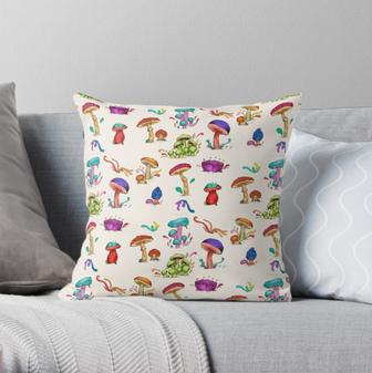 """Cojín """"Hongos"""" / Mushrooms Throw Pillow"""