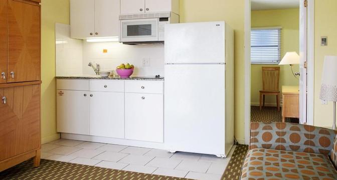 Kitchen_9.jpg