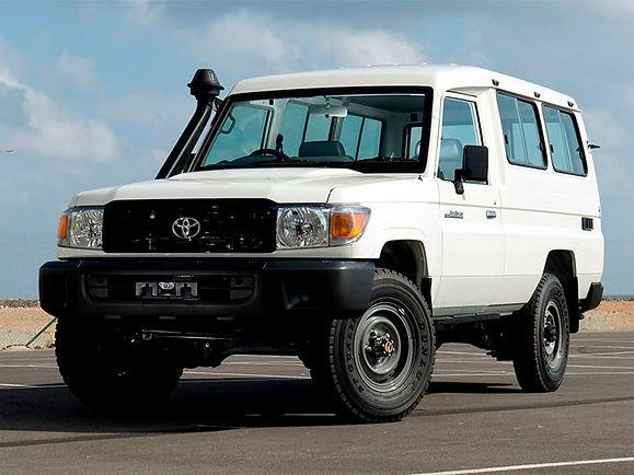 Toyota Land Cruiser HZJ-78 (Cargo)