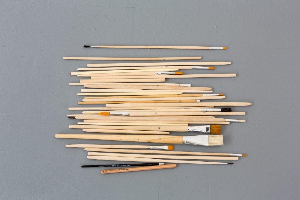 이다슬, Unititled (Similarities and Dissimilarities), 2014, 나무, 연필, 펜, 붓, 젓가락
