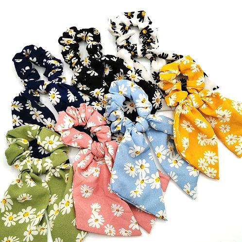 Daisy Tail Scrunchies