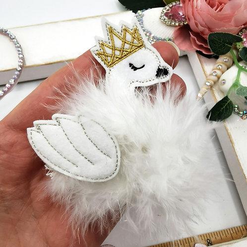 Fuzz-tums!! Savannah Swan