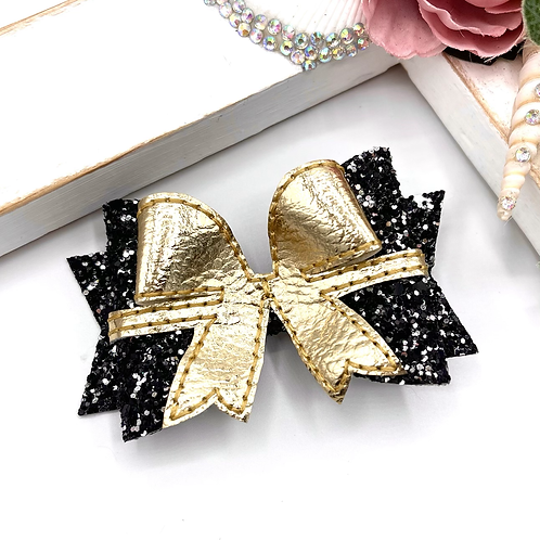 'Put a bow on it' Bow Topper