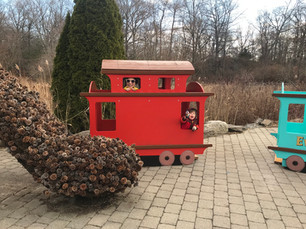 Don't miss the NYBG Holiday Train Show