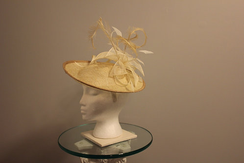 "Kentucky Derby Fascinator ""Lacey Cream"""