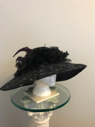 "Breeders' Cup Black Tweed style fall/winter hat -""Race Me Around the Track"""