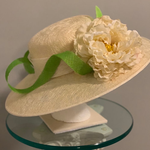 "Racetrack Fashion - .Kentucky Derby beige hat ""Racetrack Fashion"""