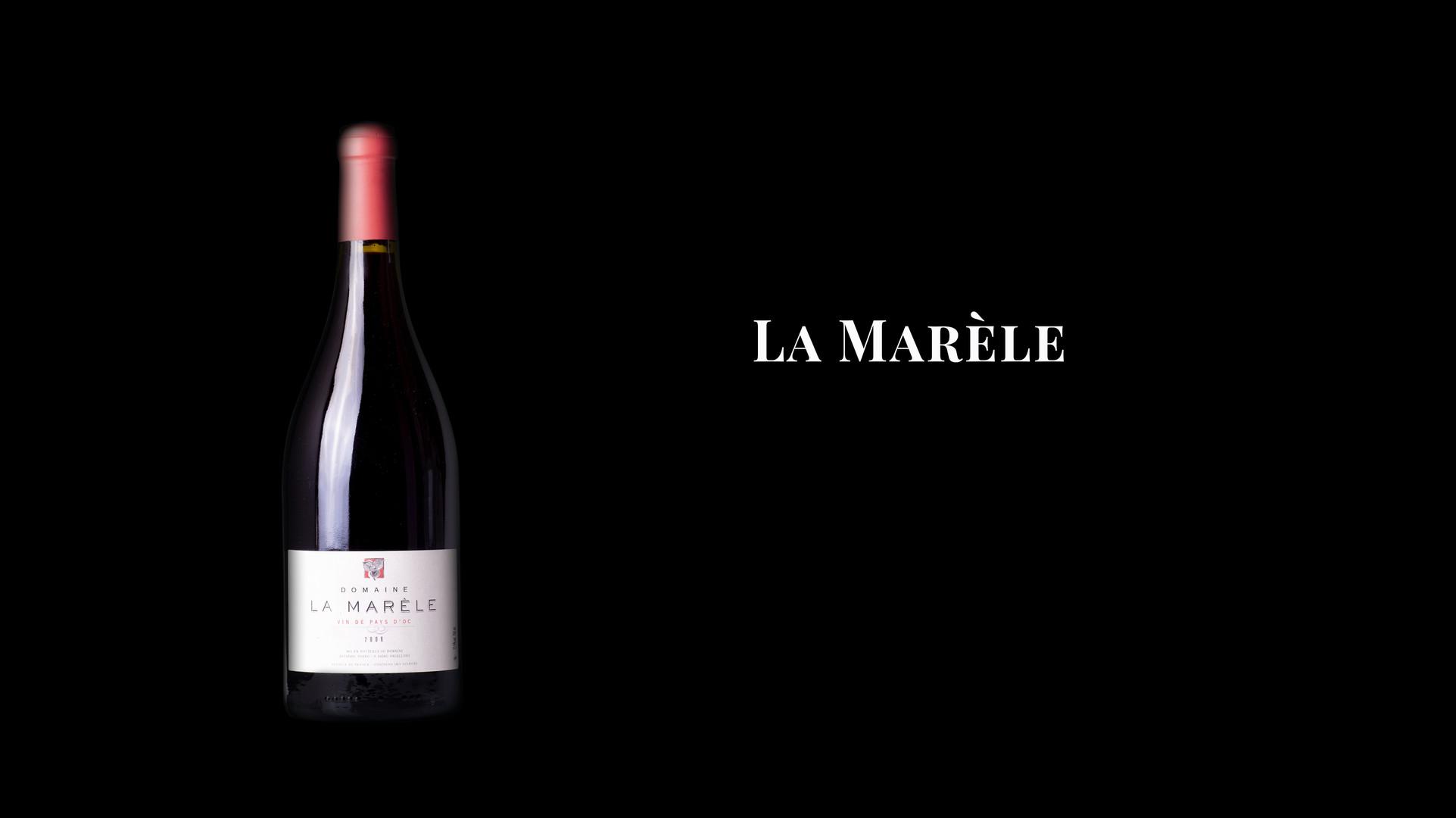 Parcelles situées sur des calcaires jurassiques à 230 m d'altitude exposées Nord-Ouest.  La récolte, manuelle, est vinifiée de façon traditionnelle: Syrah, mourvèdre, carignan, chaque parcelle est vinifiée dans une cuve à part.  Le vin est embouteillé sans collage ni filtration.