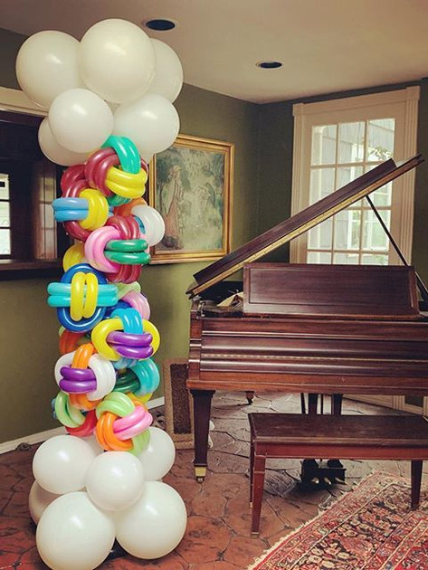 Twisted Balloon Box