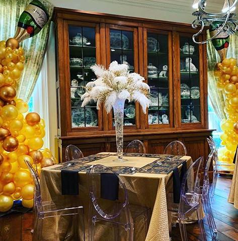 Champagne Pour Columns