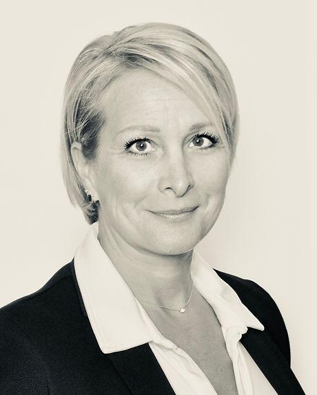 Isabelle Labarthe Lenhof - avocat Le Puy-en-Velay.jpg
