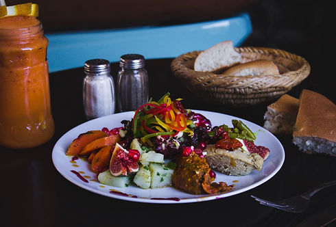 louis-hansel-restaurant-photographer-IgGFGxULsWg-unsplash.jpg